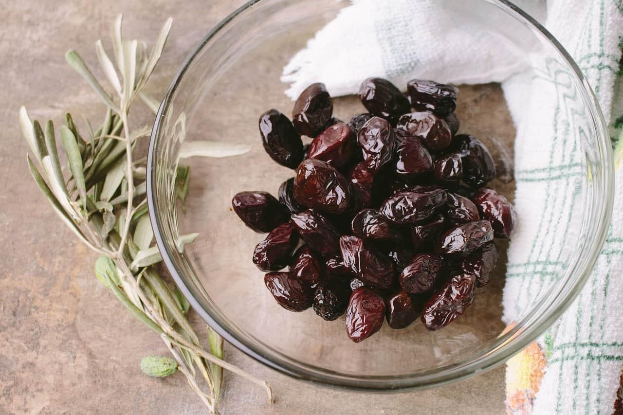 Siyah salamura zeytin nasıl yapılır.